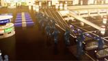 新浜国際空港に突入する公安9課 © 攻殻機動隊製作委員会